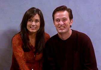 friends-awkward-monica-chandler-engagement-picture